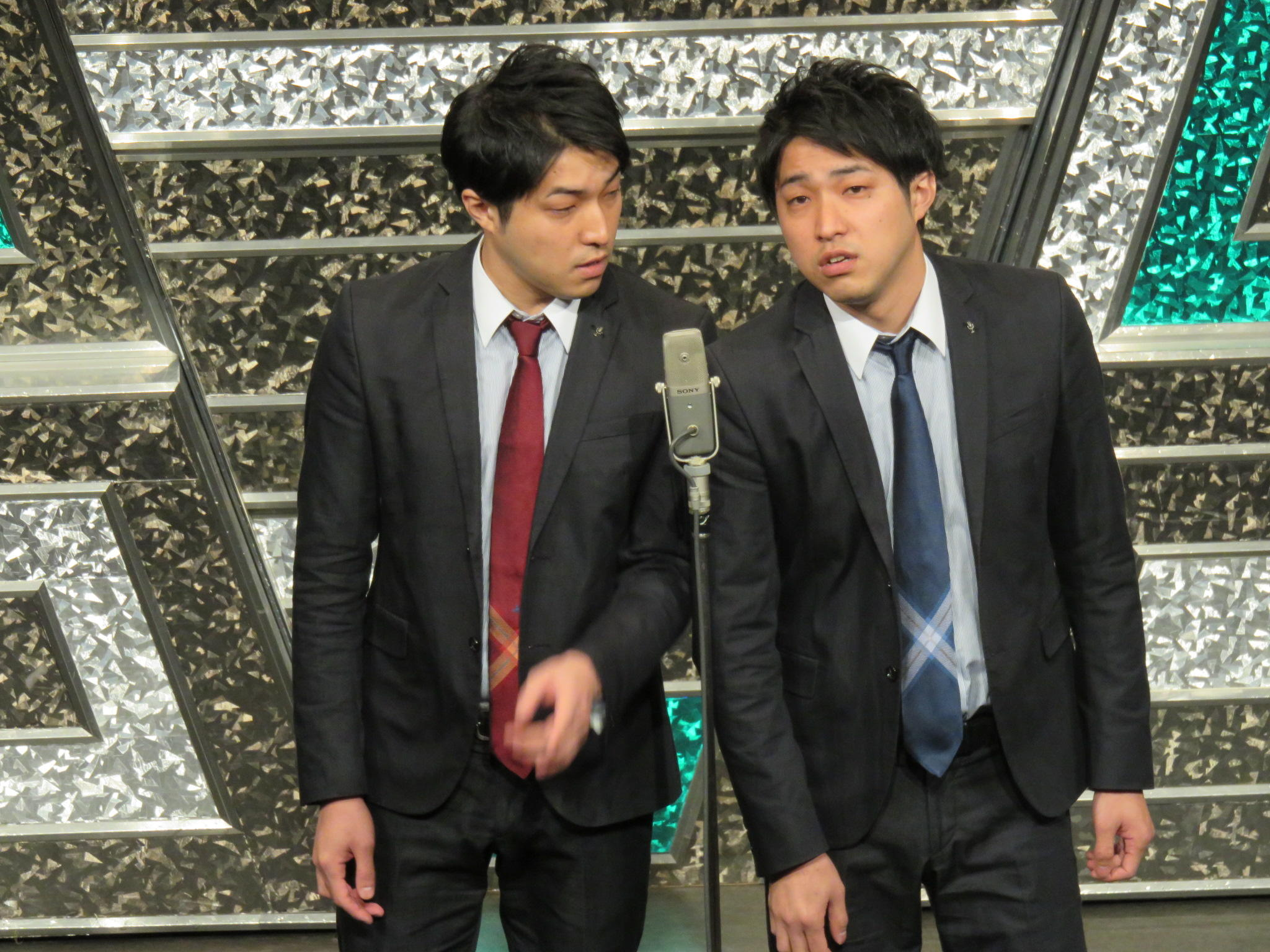 http://news.yoshimoto.co.jp/20151130224849-e874e624f7aa1ef26b0a159c3411fe517b038a08.jpg