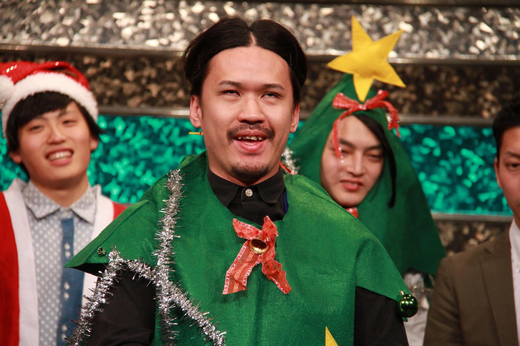 http://news.yoshimoto.co.jp/20151230122931-34cdc9002af57ae31d7c3f0903625ad5e491cded.jpg