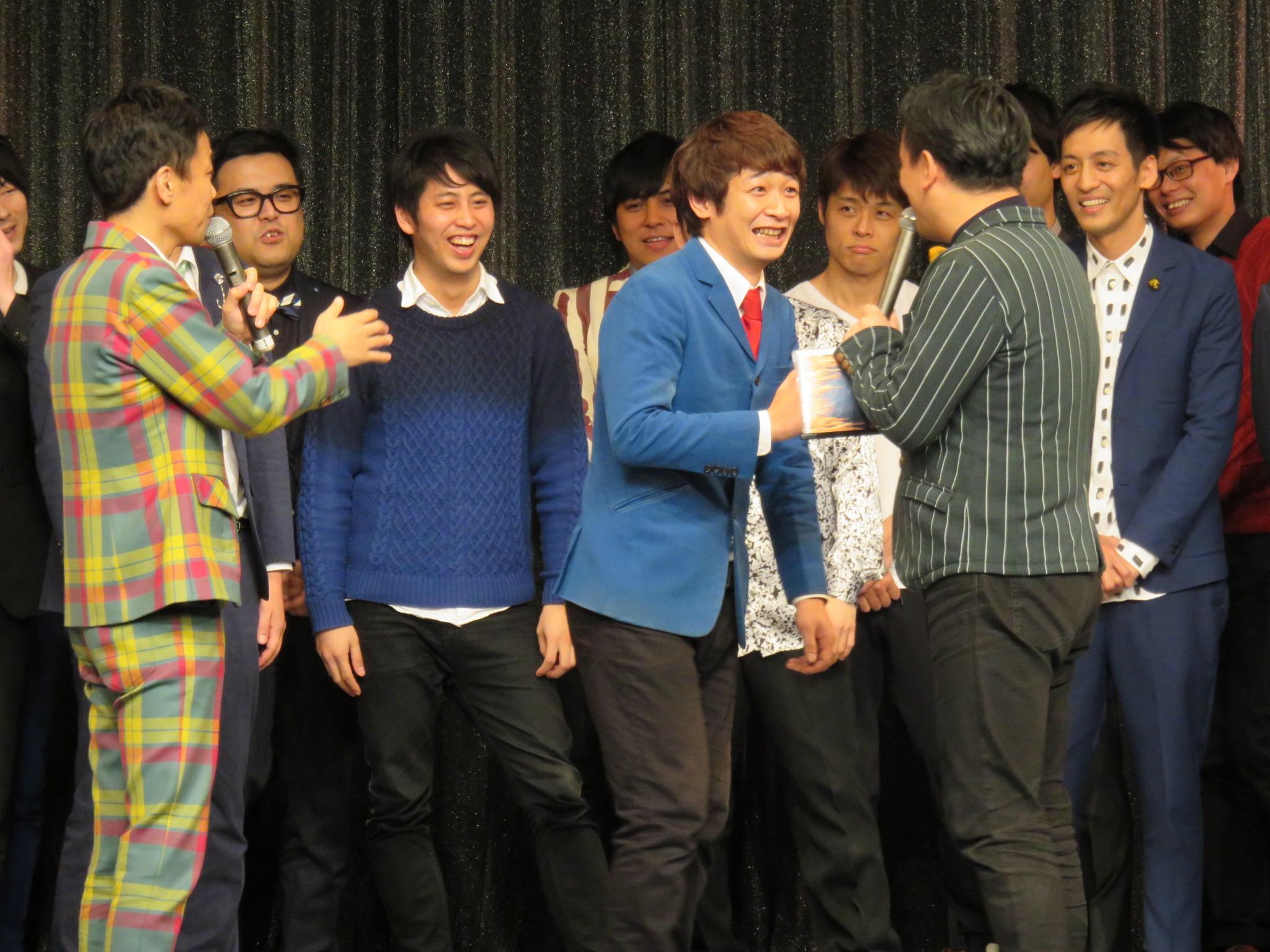 http://news.yoshimoto.co.jp/20151230170112-4a2e55d51ddc522f57a5e771b8266e3c68dcff1a.jpg
