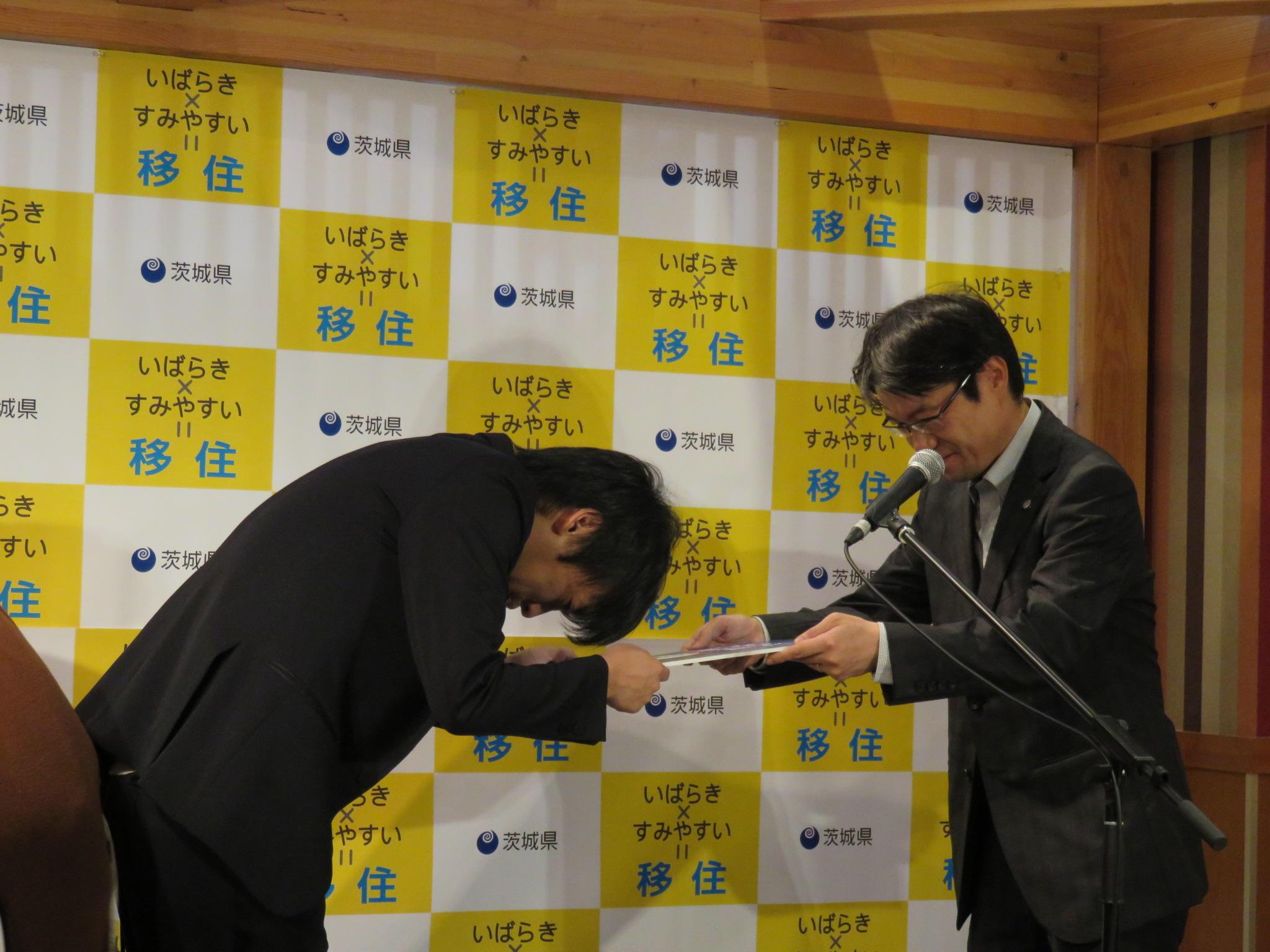 http://news.yoshimoto.co.jp/20160630165301-7c3a6f816b9eaa515bb9ad53d79fe7d4fdbd5ec3.jpg