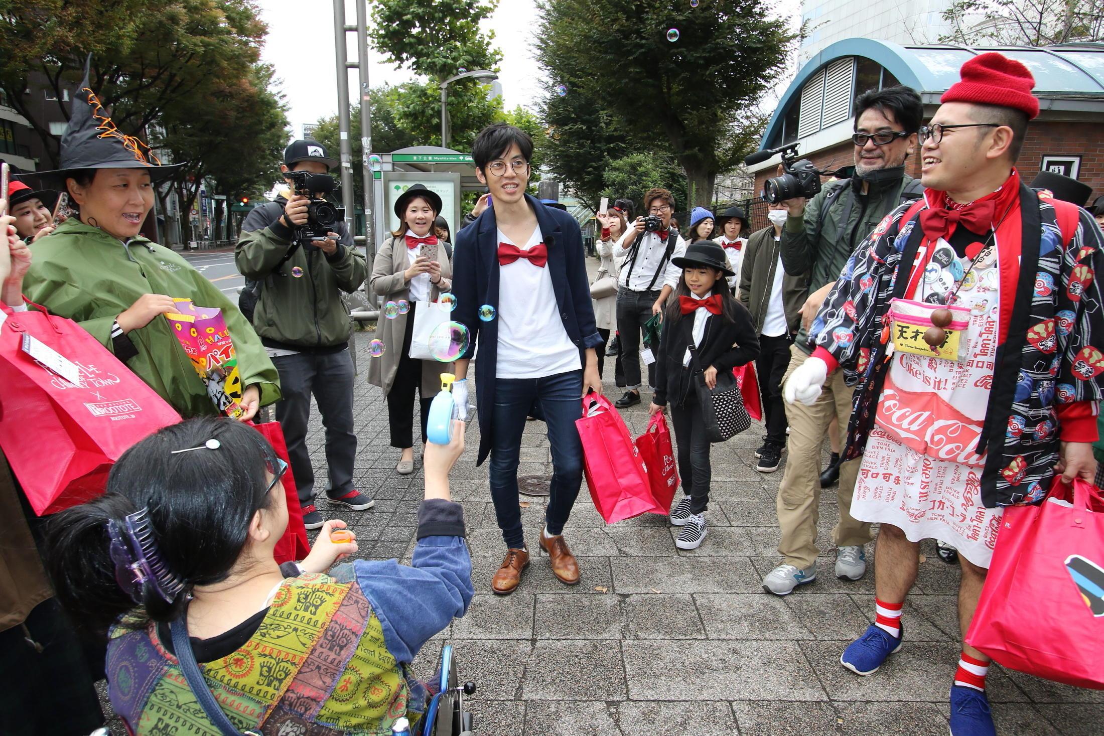 http://news.yoshimoto.co.jp/20161031085535-9ca1d180d7c92e2bba06eca7cc6f6bcb531b6a2f.jpg