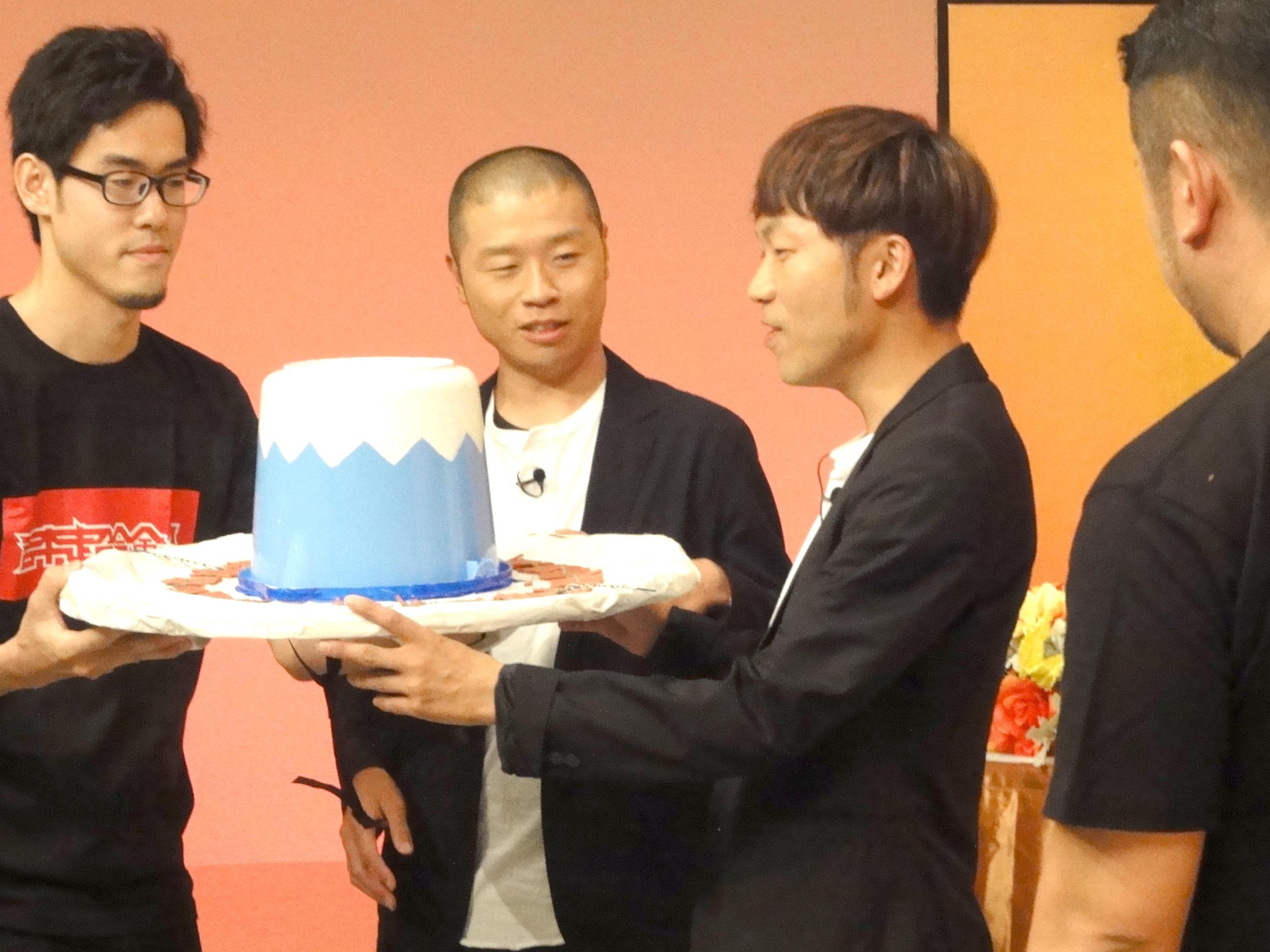http://news.yoshimoto.co.jp/20171003000952-2397ee2678af5e9c380eaa18de56e5592fdaebfa.jpg