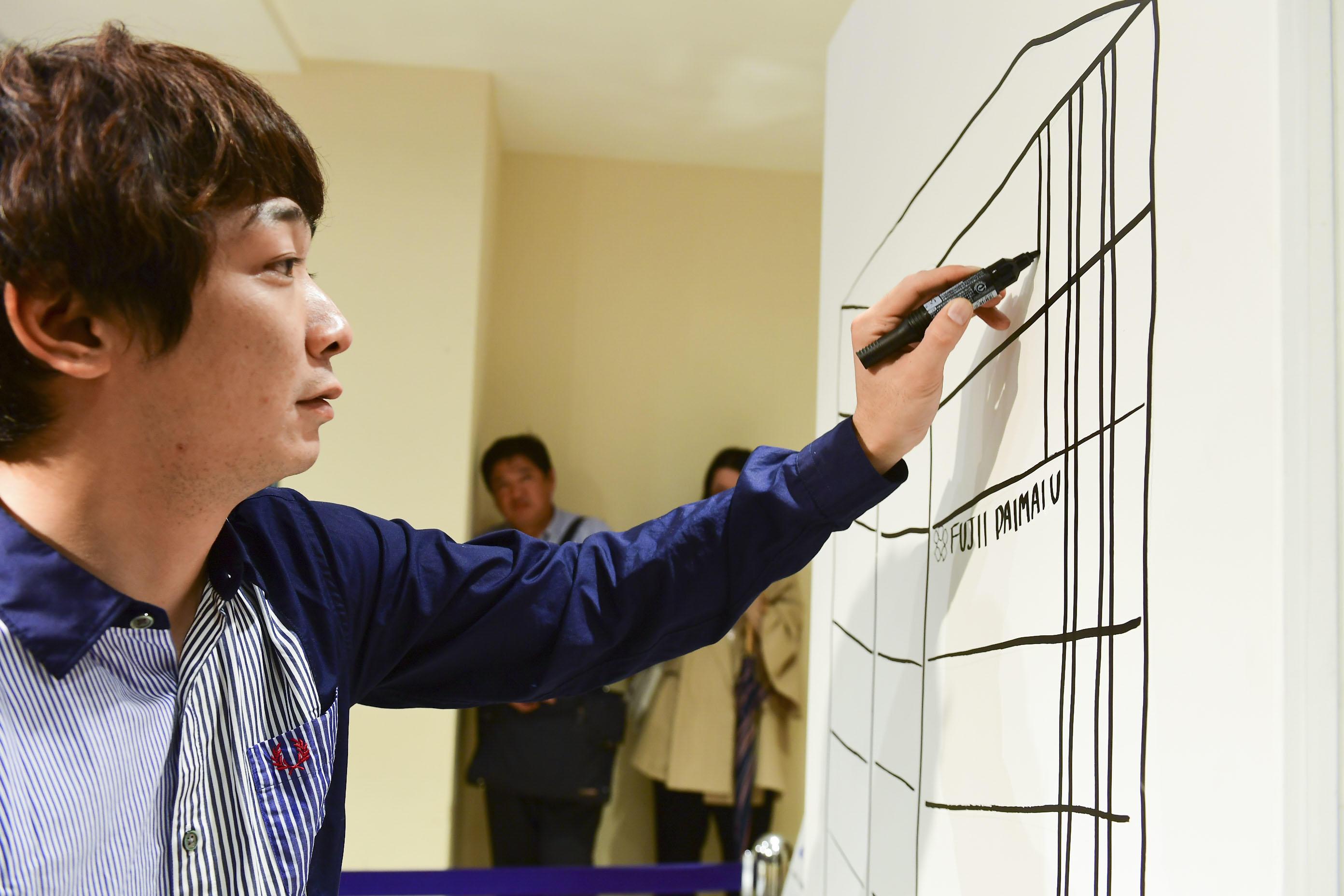 http://news.yoshimoto.co.jp/20171007092540-16f2f003609105b4efed3bc990d107de2d767ad2.jpg