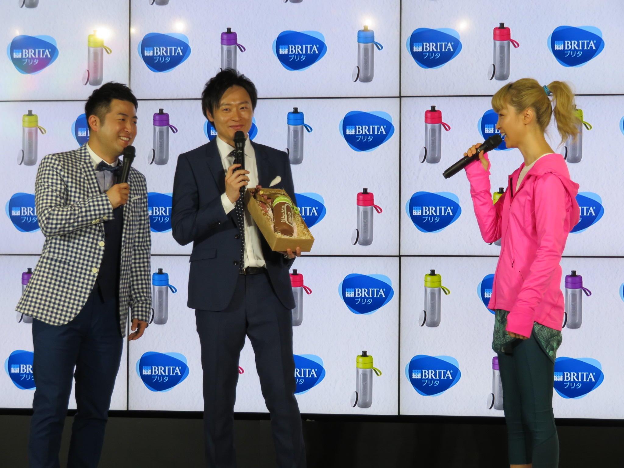 http://news.yoshimoto.co.jp/20180207191002-cae2f1d2a119811af56a05c369ff8e40bceca153.jpg