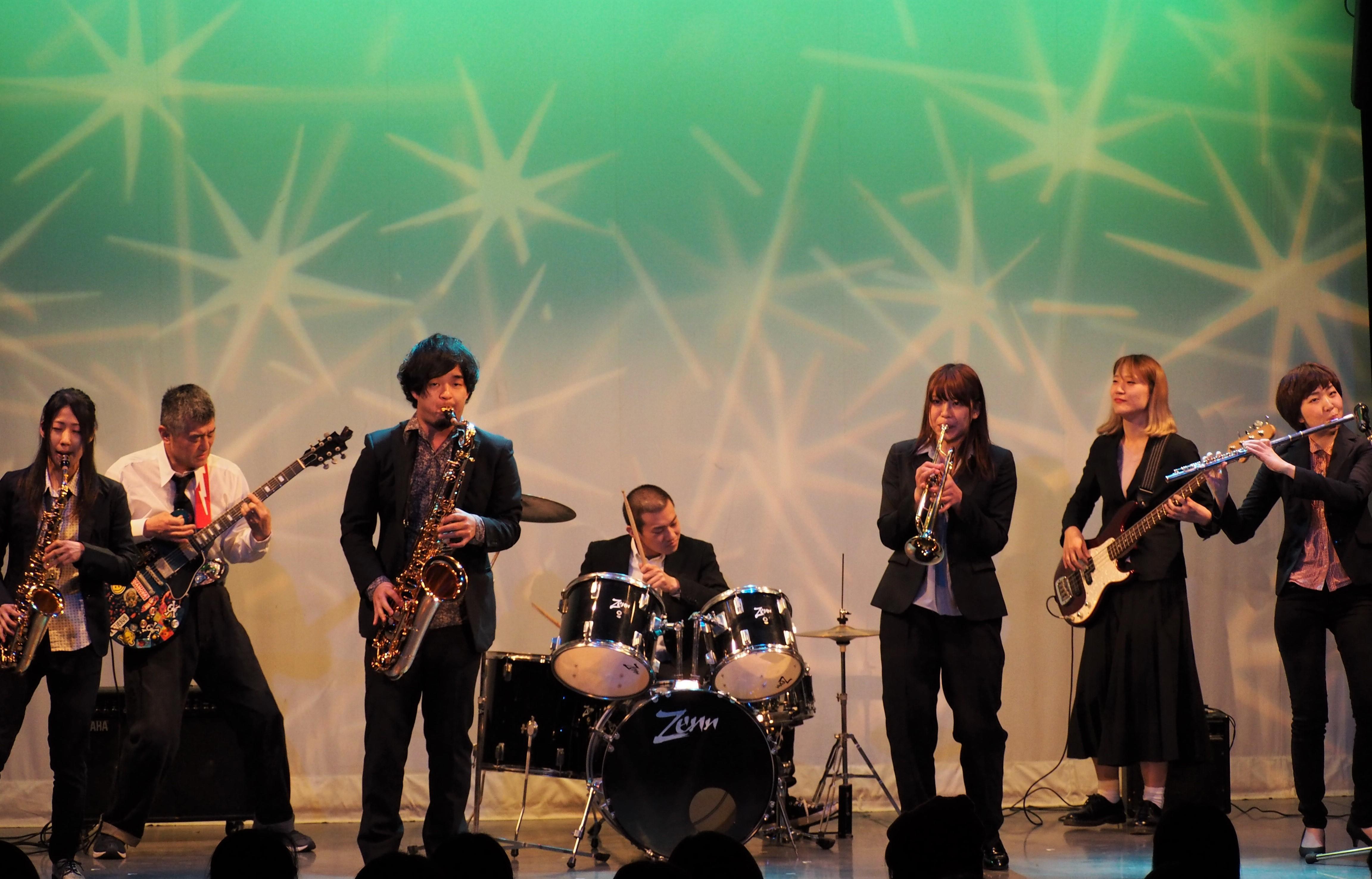 http://news.yoshimoto.co.jp/20180330195835-0c58aa73b5926c4e7ee24cc7878a9458fe5b2631.jpg