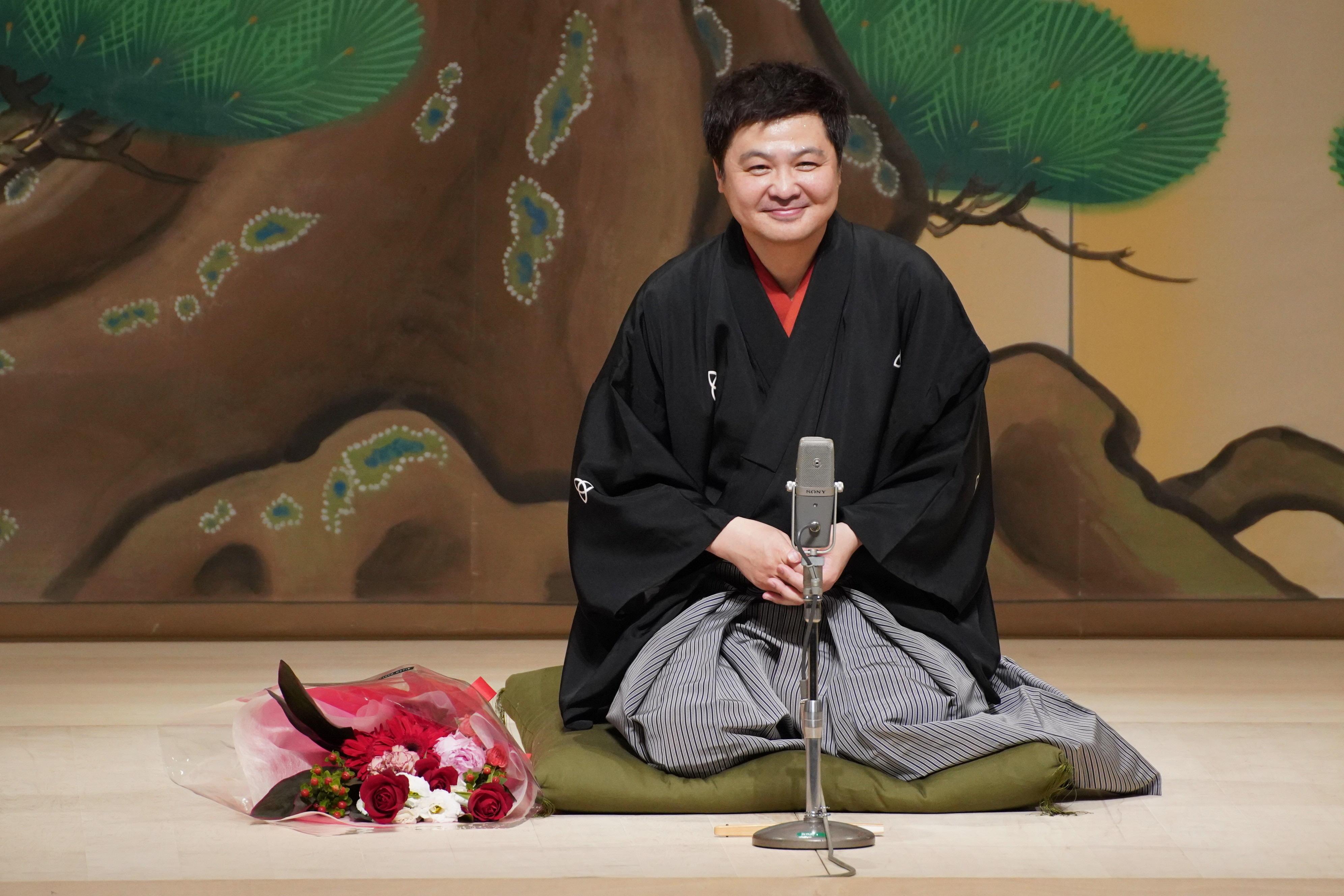 http://news.yoshimoto.co.jp/20180512205313-404791c2dee93bd4a51b42aa316da651313d6b33.jpg