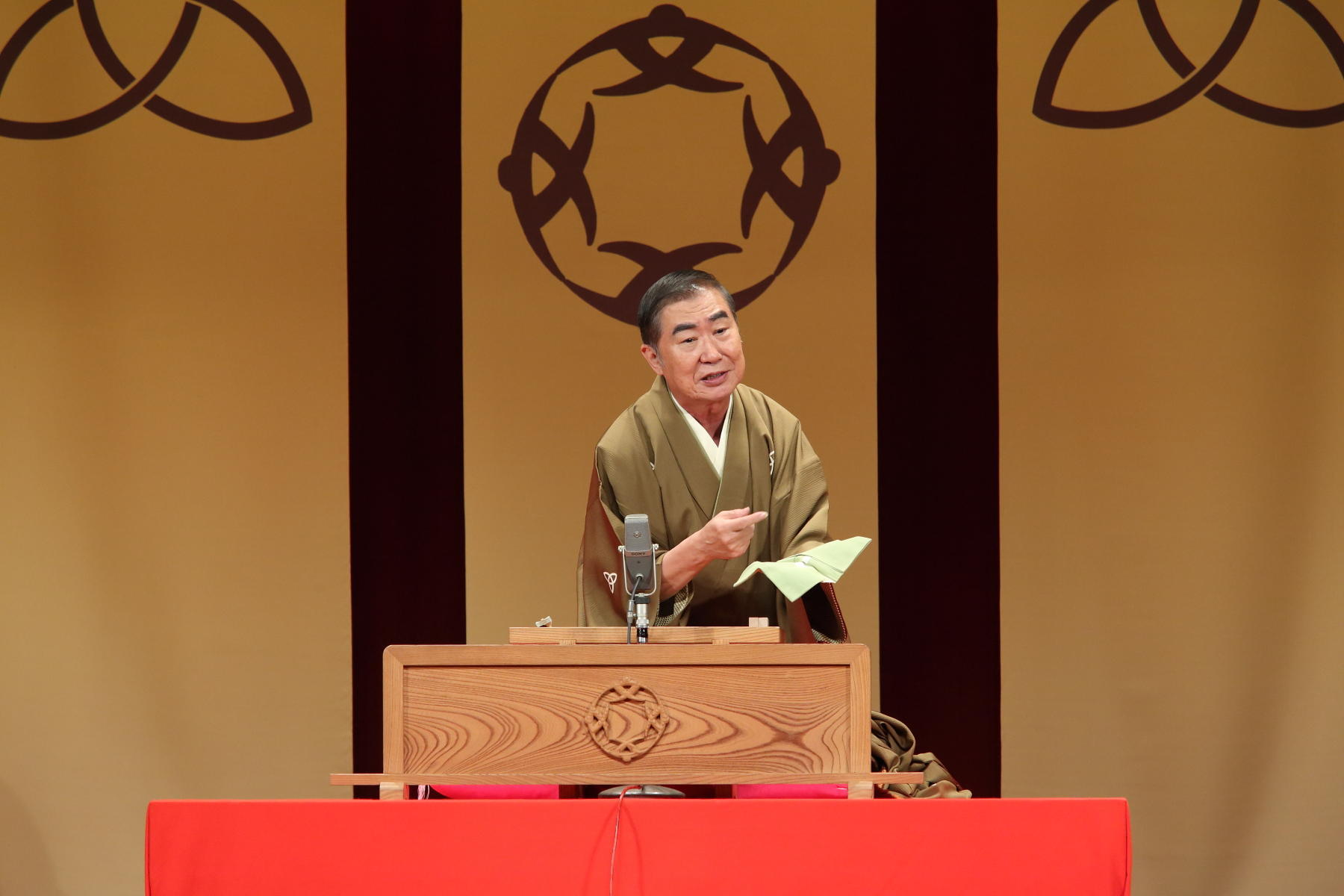 http://news.yoshimoto.co.jp/20180925103723-ec89a4d18b730302b6a232234d7be3e3f54aa6ea.jpg