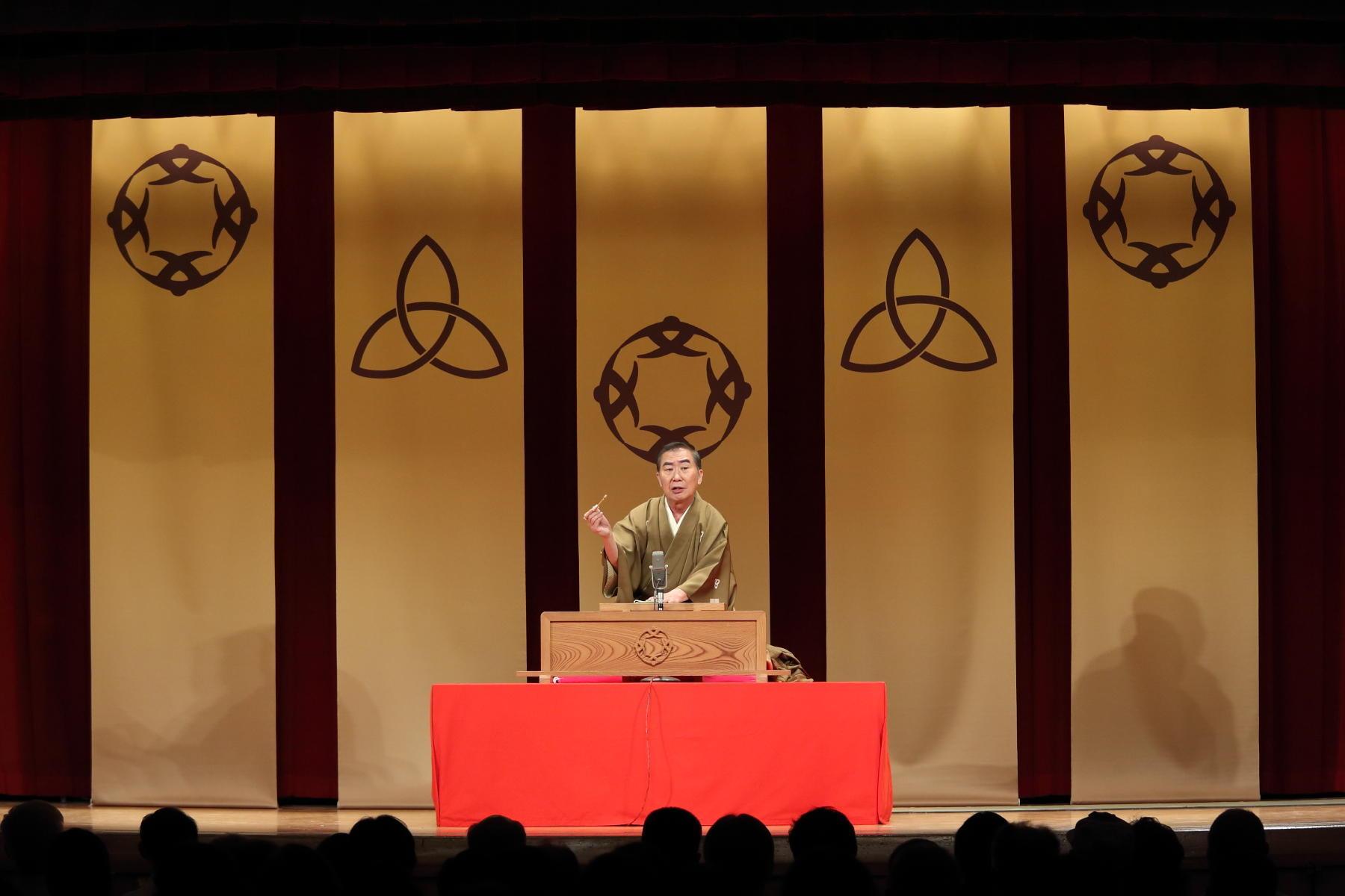 http://news.yoshimoto.co.jp/20180925103835-5f323f1463ddd7c0db1327d3efdc4aab15a04f64.jpg