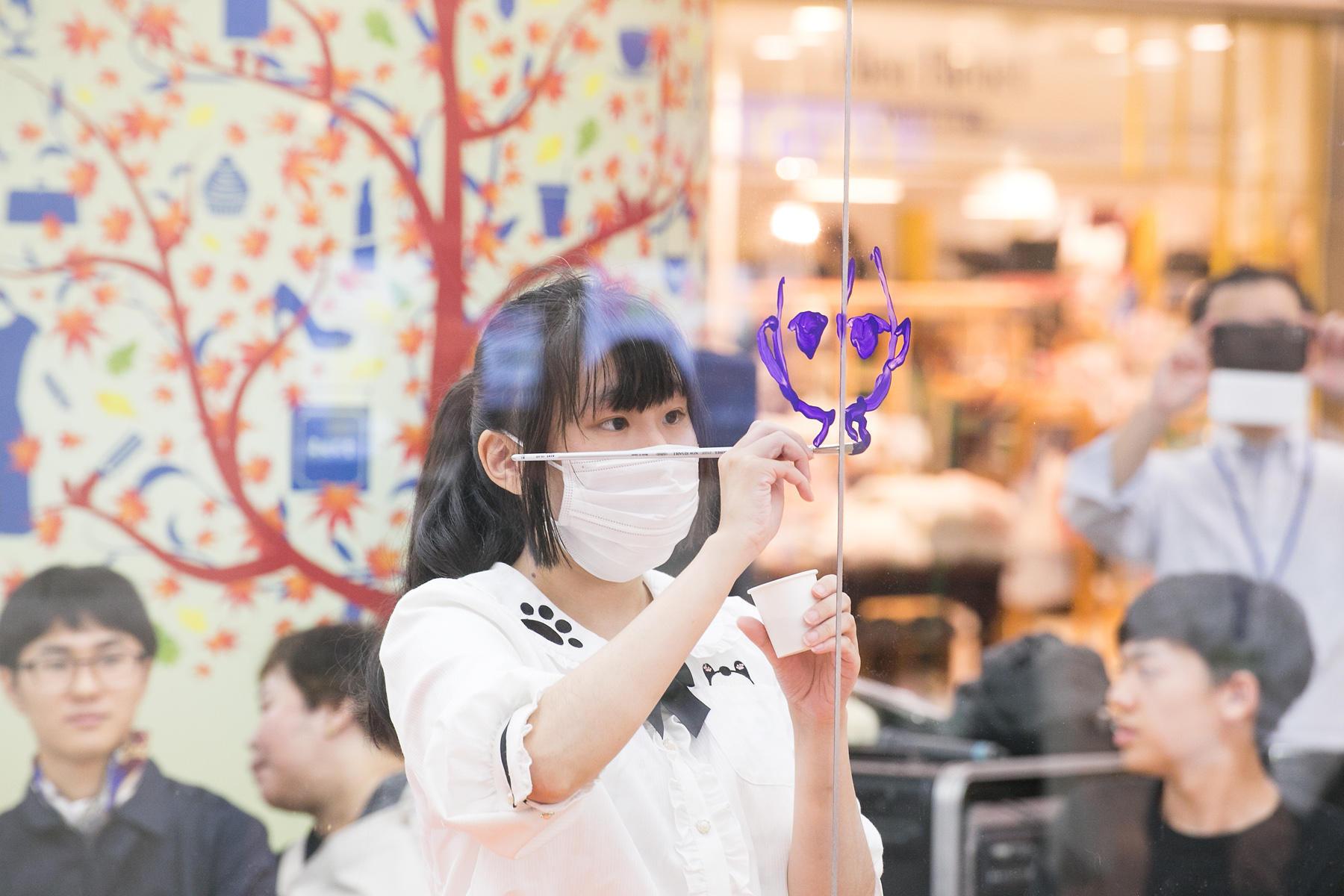 http://news.yoshimoto.co.jp/20181006095352-87877b7c103d47f3c44643efff5c61da23f96563.jpg