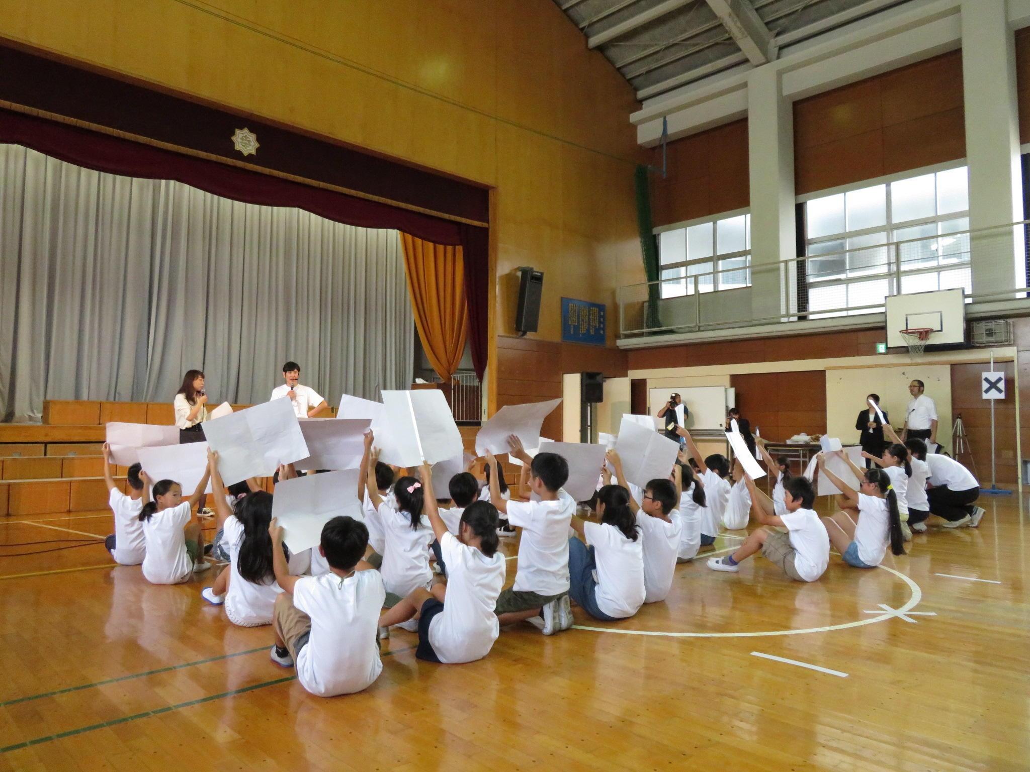 http://news.yoshimoto.co.jp/20181010022737-9668d466425ca4aa2bdda590ea55b6fd4394f494.jpg