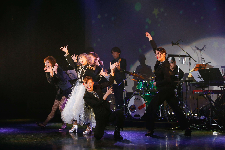 http://news.yoshimoto.co.jp/20181106231106-79f39fe1ee769415771f05efddcac9132b2cdee7.jpg