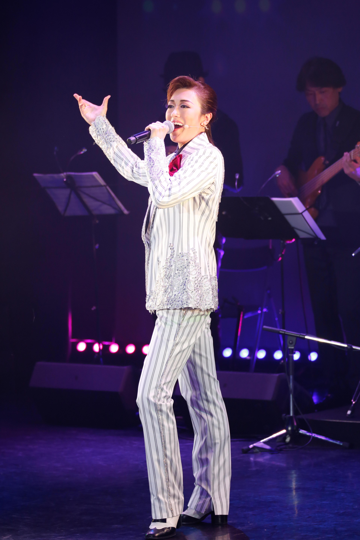 http://news.yoshimoto.co.jp/20181106231626-ab3d419e3d2ee09e1314f3696366a1fea3a03ae8.jpg