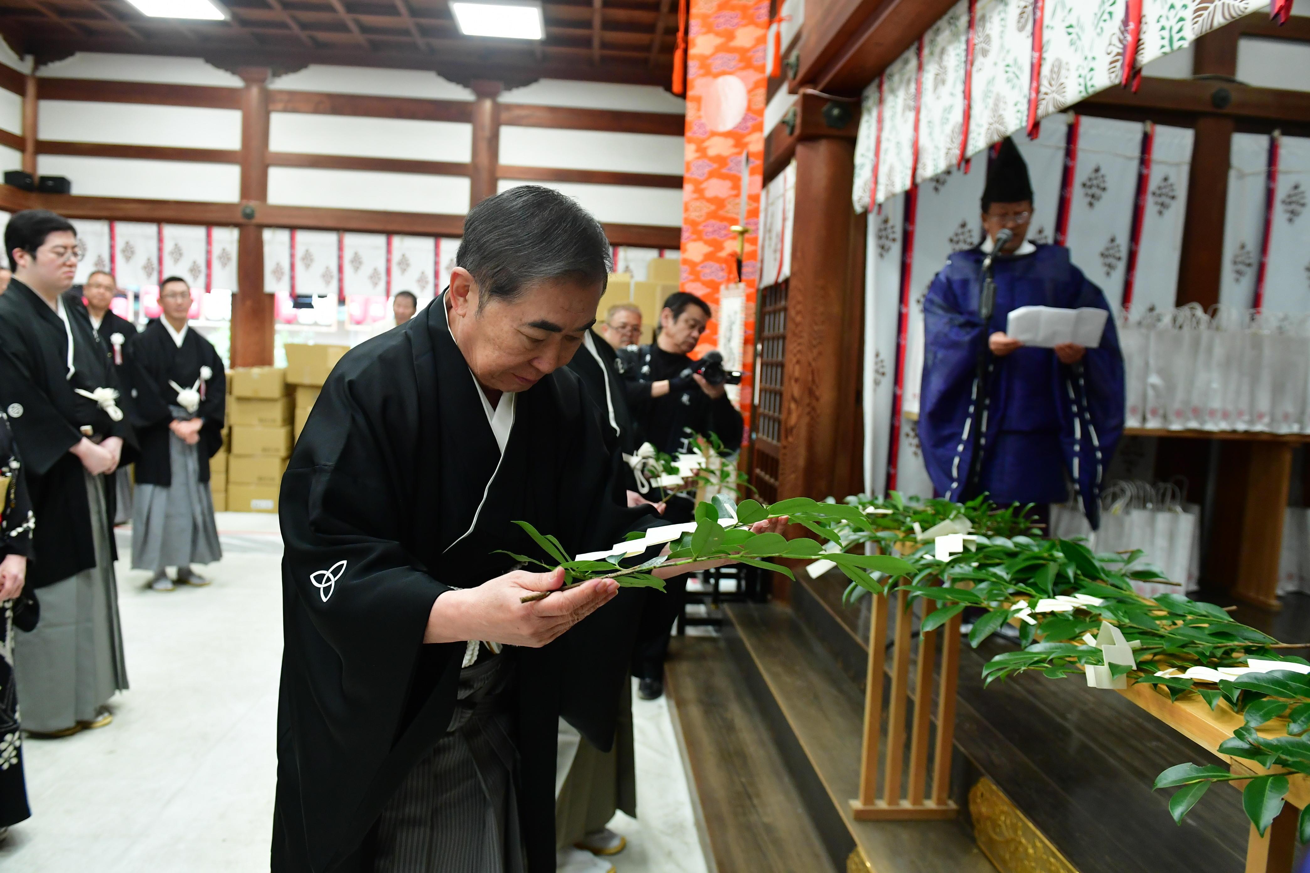 http://news.yoshimoto.co.jp/20190110200229-2e2e5a6cbc6bc33aefb3490c12fb757e48476b6c.jpg