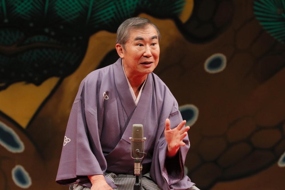 http://news.yoshimoto.co.jp/photos/uncategorized/2014/12/31/20141231181737-da36fa33b30bd9e8bbe369492870ea5db5f015a2.jpg