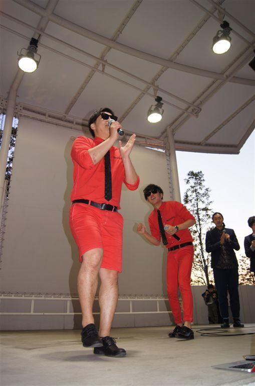 http://news.yoshimoto.co.jp/photos/uncategorized/2015/02/28/20150228201820-cddcd5fd0d5b20e35483e6051f505dc03d2fe91d.jpg