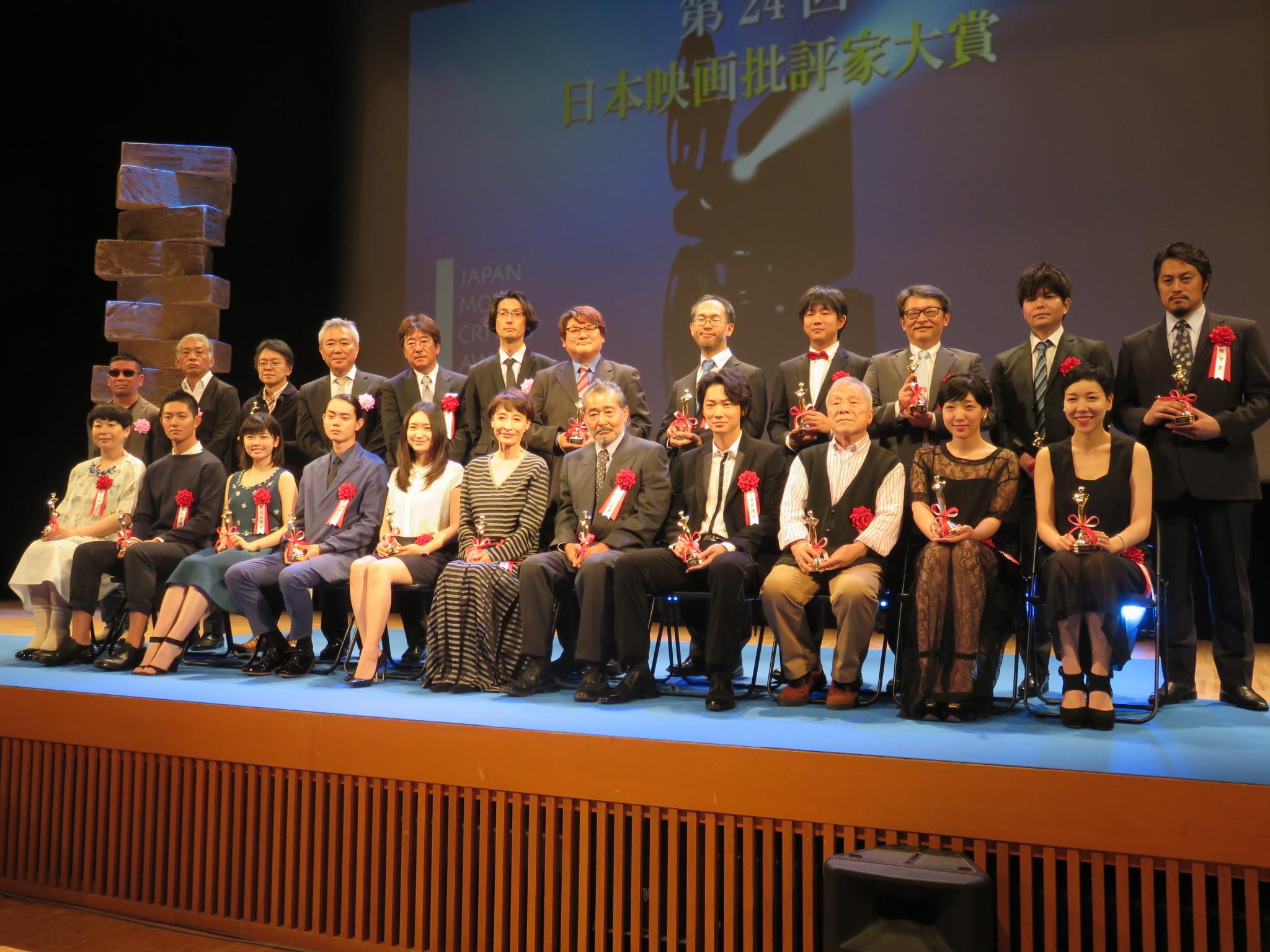 http://news.yoshimoto.co.jp/photos/uncategorized/2015/05/28/20150528213143-116425af9a026c70d16a1e36cd2576028bddb24f.jpg